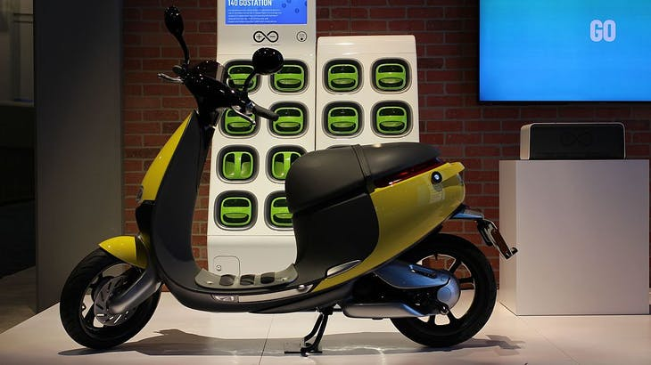 Gogoro_Smart_Electric_Scooter_(24451127336)