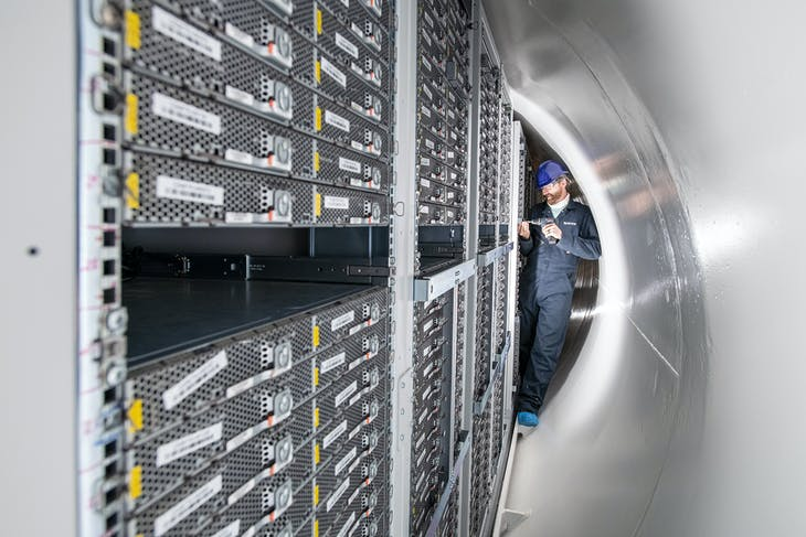 microsoft_undersea_data_center_servers_3